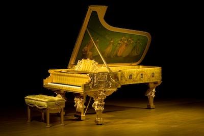 8757-1903-Whitehouse-piano