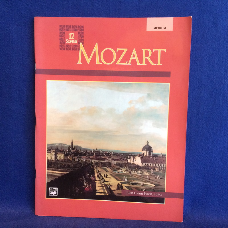 MOZART 12 SONGS MEDIUM voice
