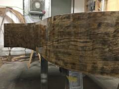 本体剥離後。ここで木目調として塗装する、という選択肢もあります。