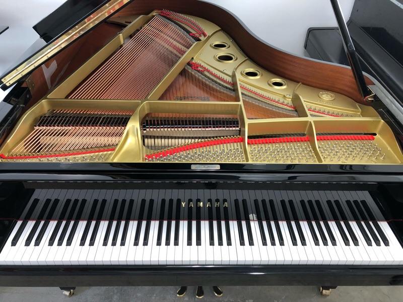グランドピアノ移動